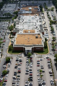 aerial photograph of Plaza Frontenac mall in St. Louis County
