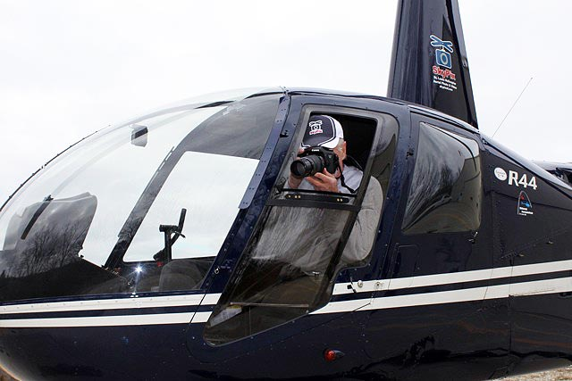 SkyPix Now Offers Exclusive Custom Helicopter Door with Sliding Photo Window!